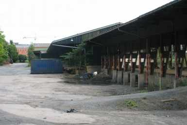 Tampere vana raudtee kaubajaama laohoonete lammutamine